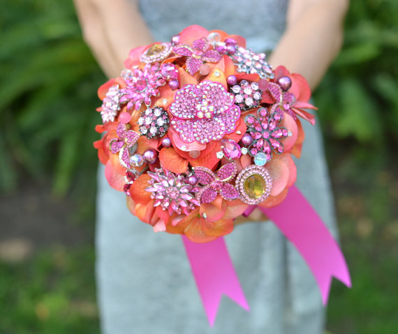 Bridesmaids Brooch Bouquet