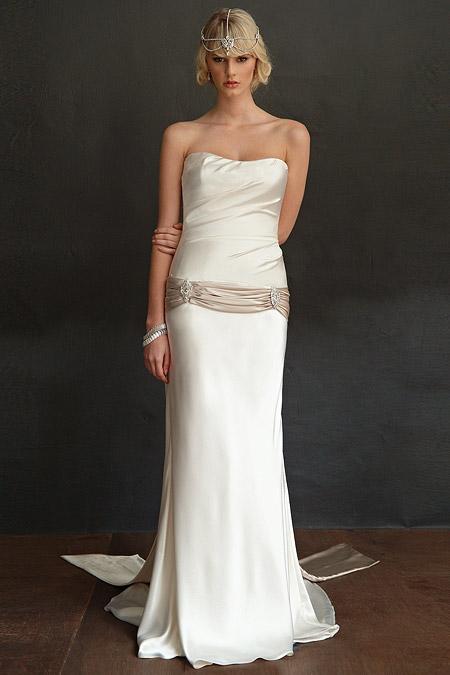 Mariana Hardwick's Carmina Wedding Dress