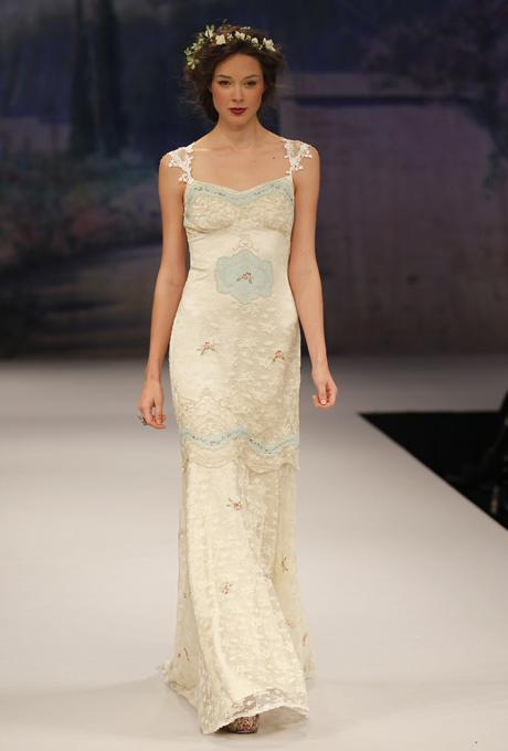Capped Sleeve, lace bridal gown - CLAIRE PETTIBONE Ooh La La