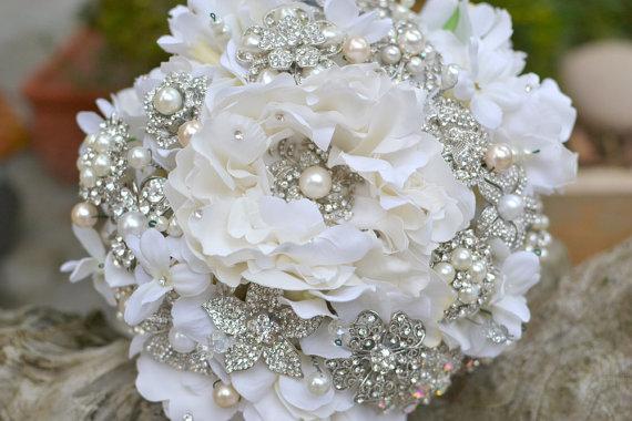 Large Rhinestone & Pearl Bouquet