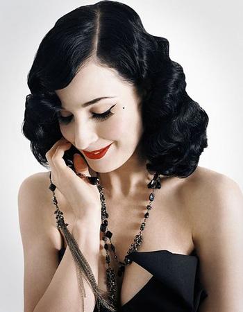 Dita Von Teeses 1940s Pin Curls