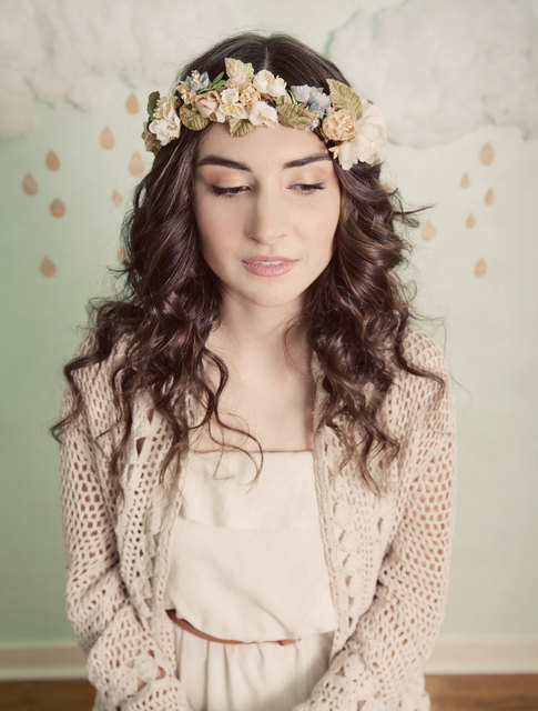 Mignonne Handmade Romantic Bridal Flower Wreath