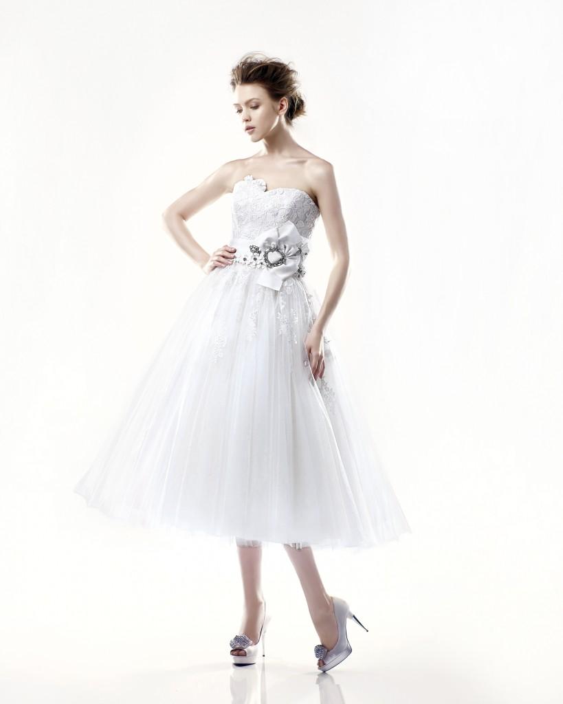 Tea Length, strapless Blue by Enzoani Wedding Dress Danbury