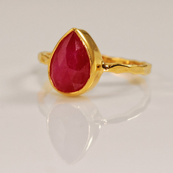 Delezhen Dyed Ruby Ring