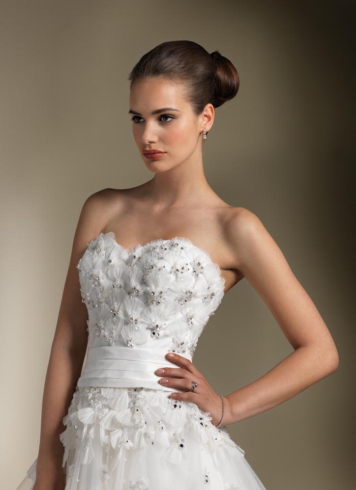 Justin Alexander 8591 Bridal Gown Bodice Fan Detail