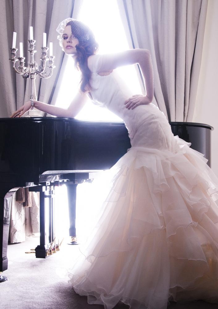 Karen Willis Holmes Fishtail Wedding Dress Gabriella