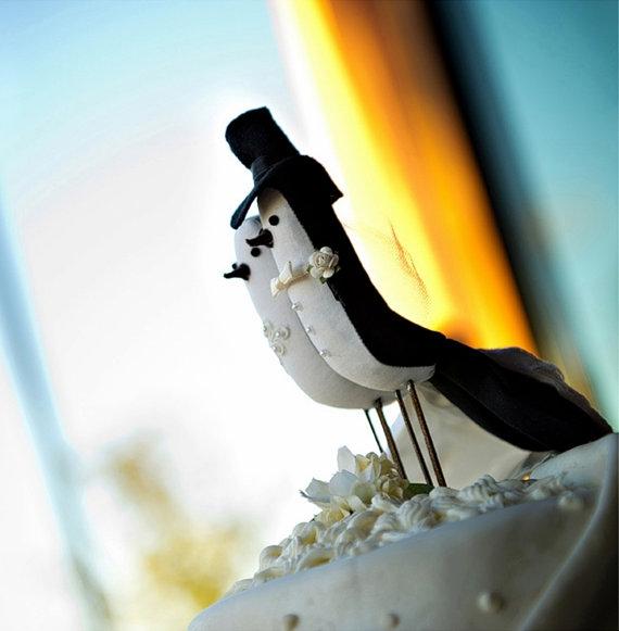 Le Petit Oiseau Bird Cake Toppers