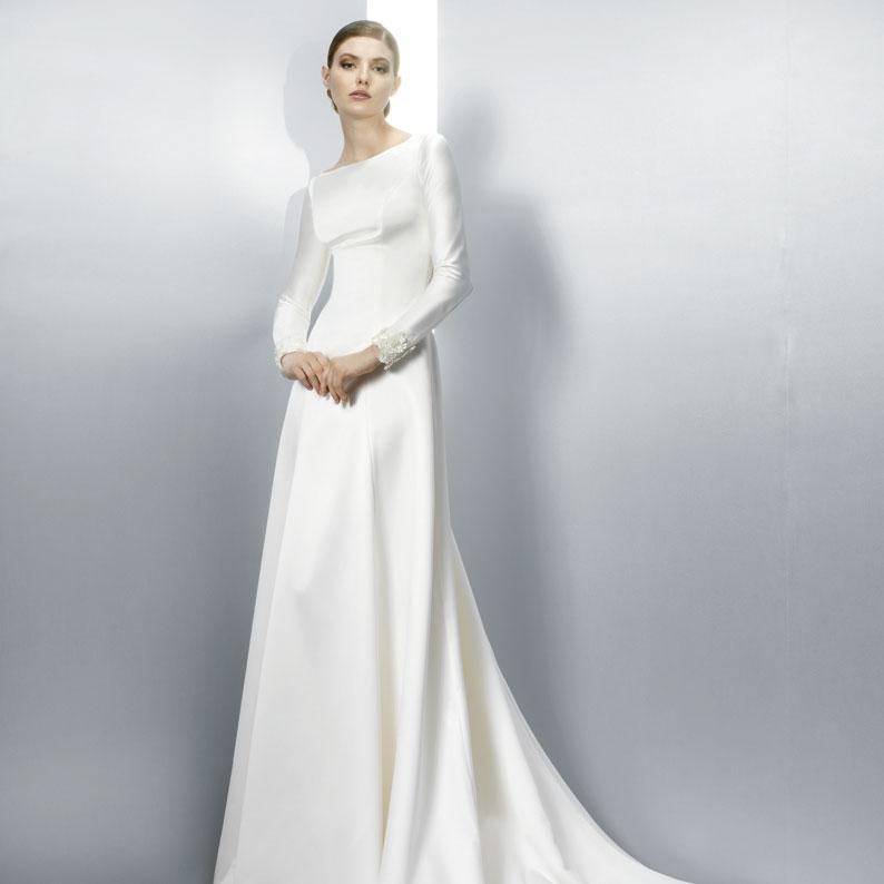 Jesus Peiro Long Sleeved Wedding Dress 3052