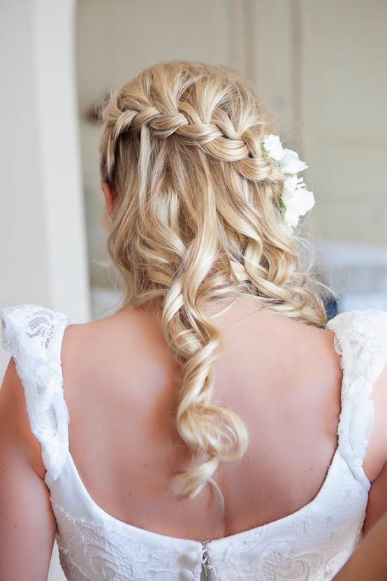 Pleasant 25 Of The Most Beautiful Braided Bridal Updos Chic Vintage Brides Short Hairstyles Gunalazisus