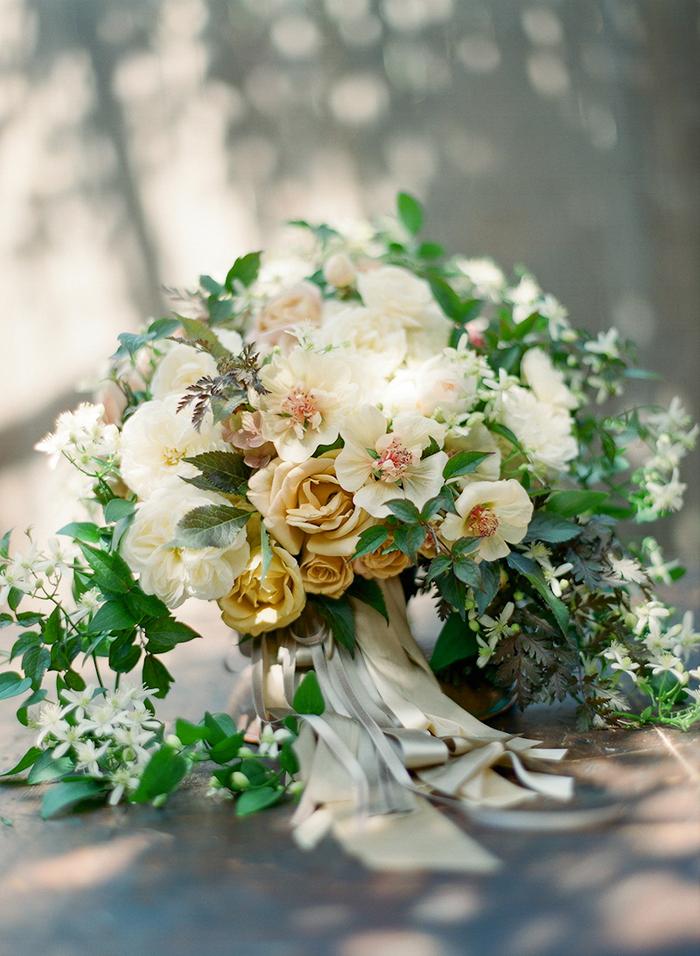 Snippet & Ink Romantic September Wedding Flowers