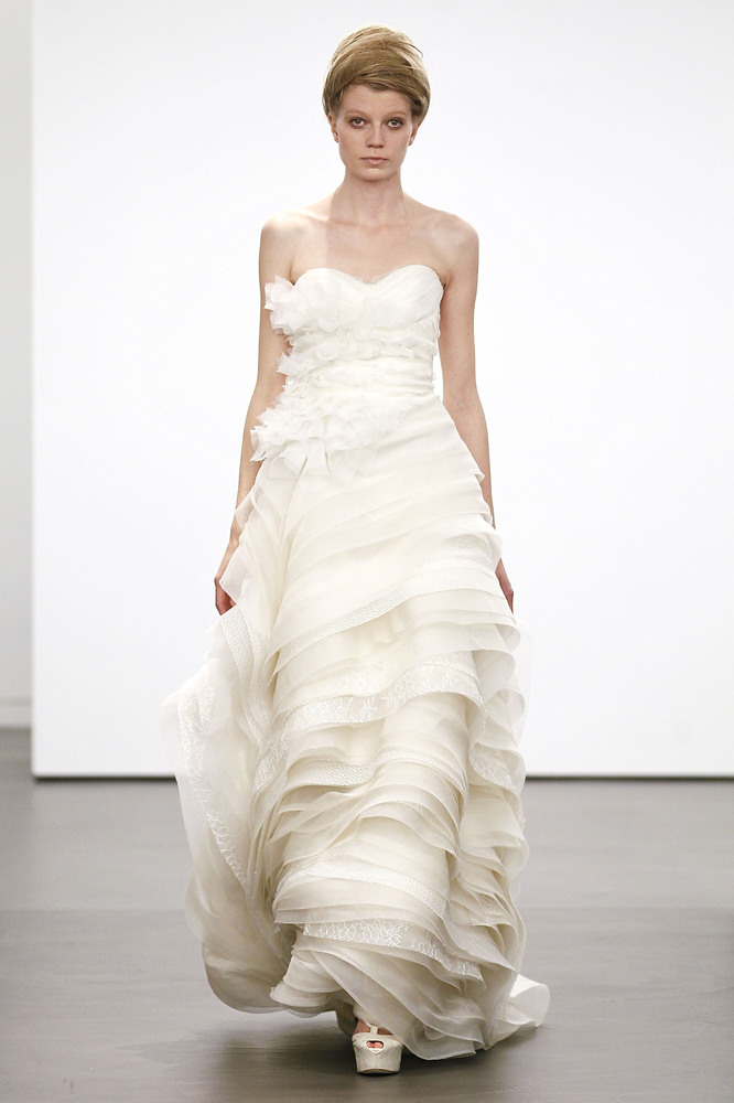 Vera Wang's Classic White Fall 2013 Collection - from New York Bridal Fashion Week