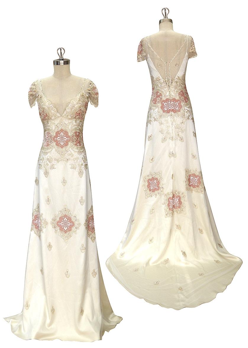 Claire Pettibone's Genevieve wedding Dress