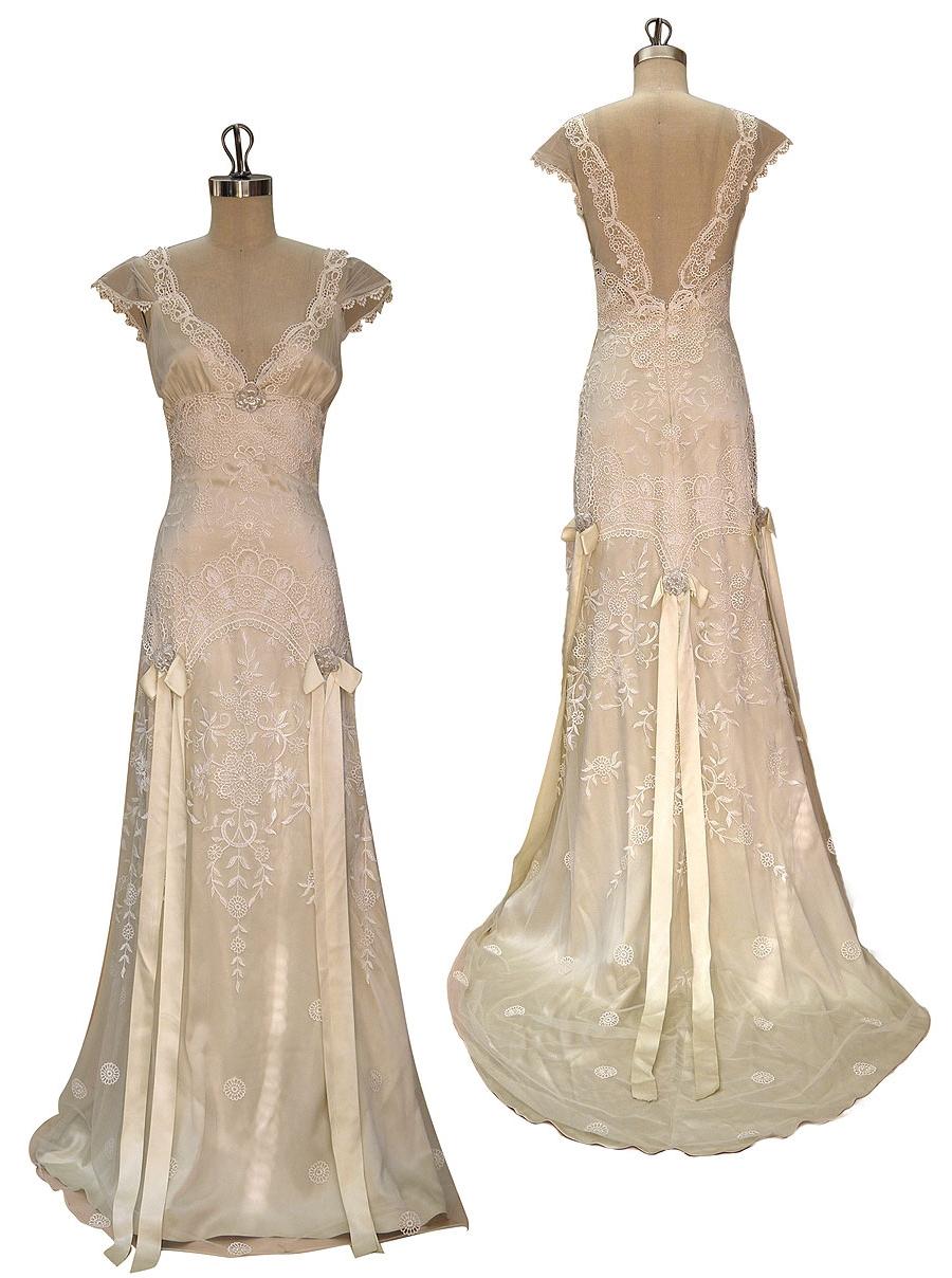 Claire Pettibone's Toulouse Wedding Dress