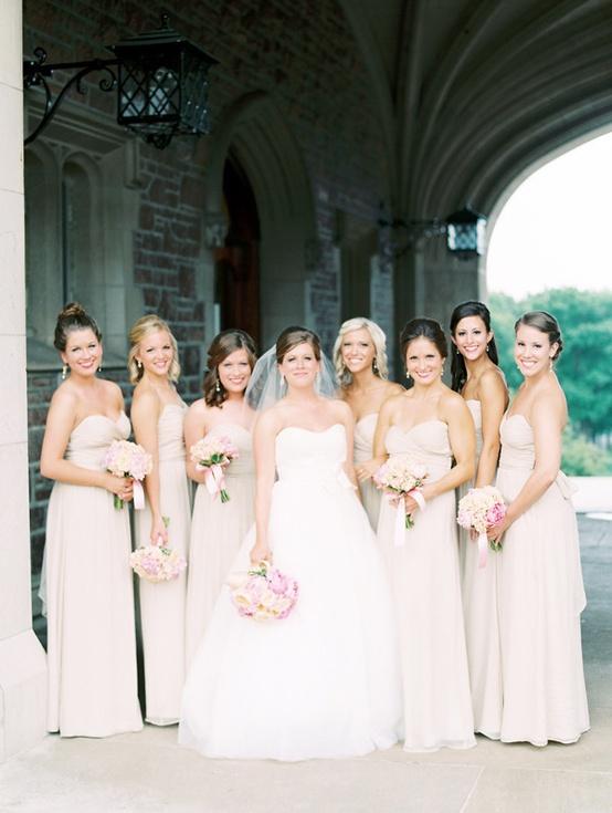Bridesmaids in Linen coloured Dresses