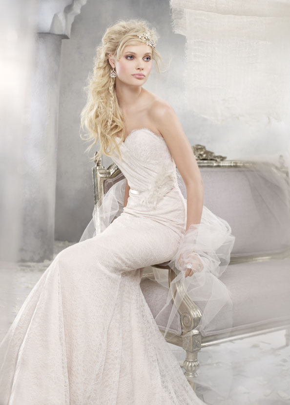 Alvina Valenta Chantilly Lace Wedding Dress - Chic Vintage Brides ...