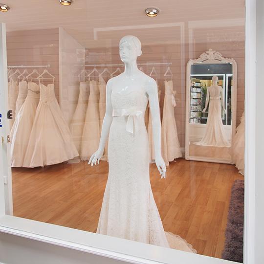 Paperswan Bride Bridal Boutique