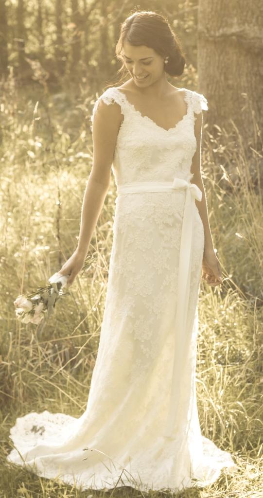 Rose & Delilah - Daphne Wedding Dress