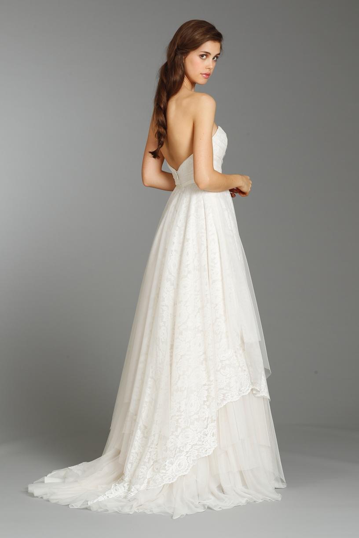 Ivory vaults wedding