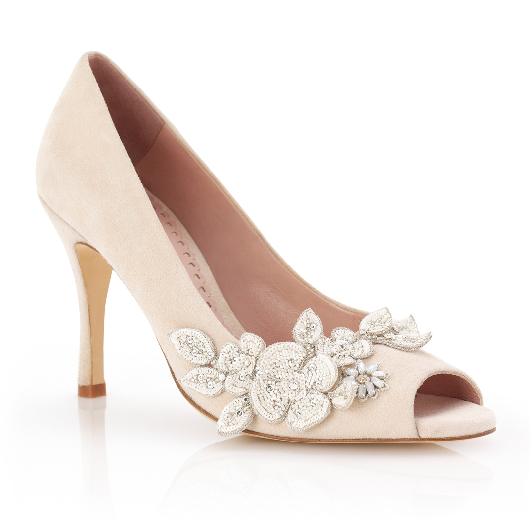 Lucy Vintage flower from the Celeste Collection by Emmy Shoes