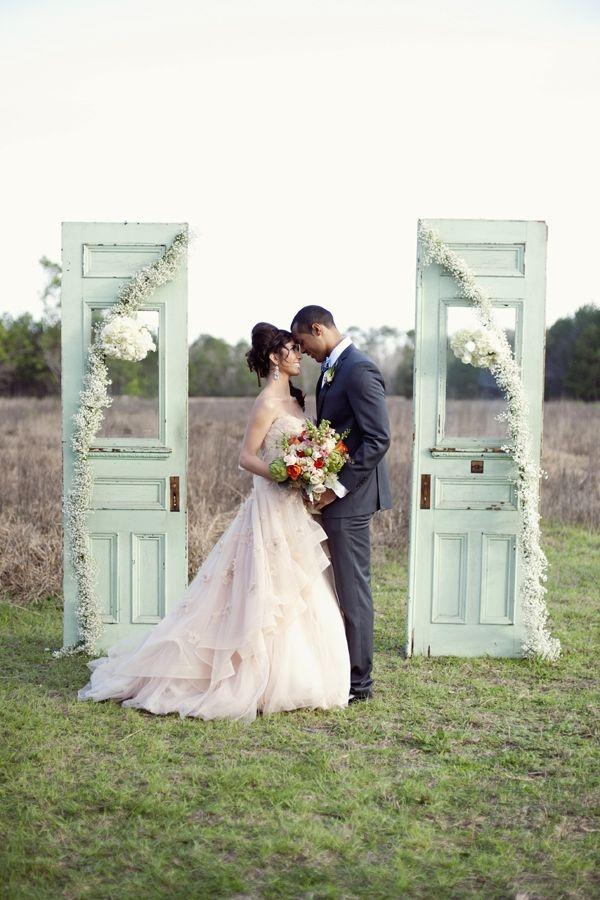 Aisle Style Doors