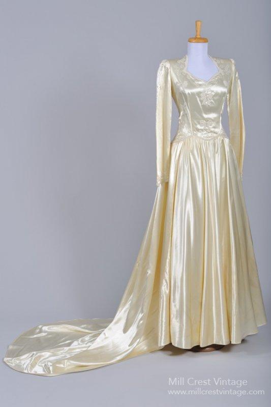 1940s Vintage Wedding Dress from Mill Crest Vintage