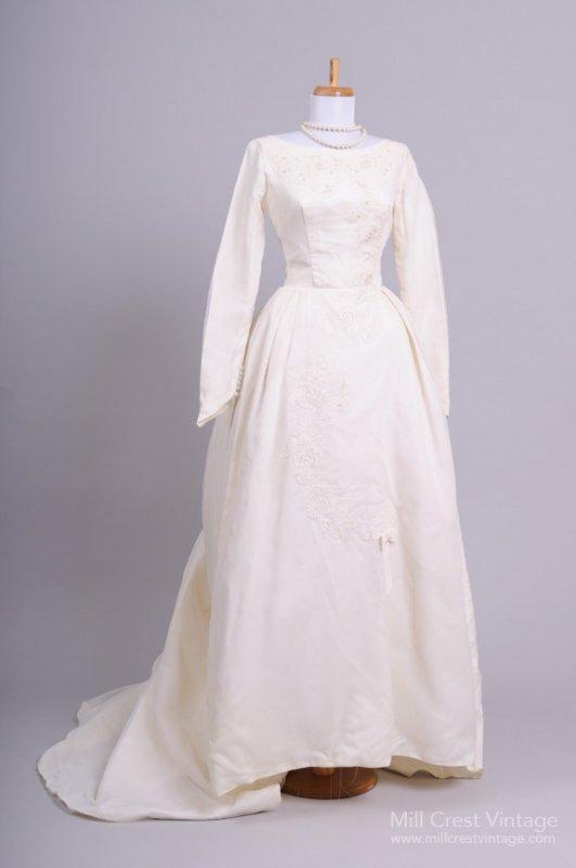 1960s Vintage Wedding Dress from Mill Crest Vintage
