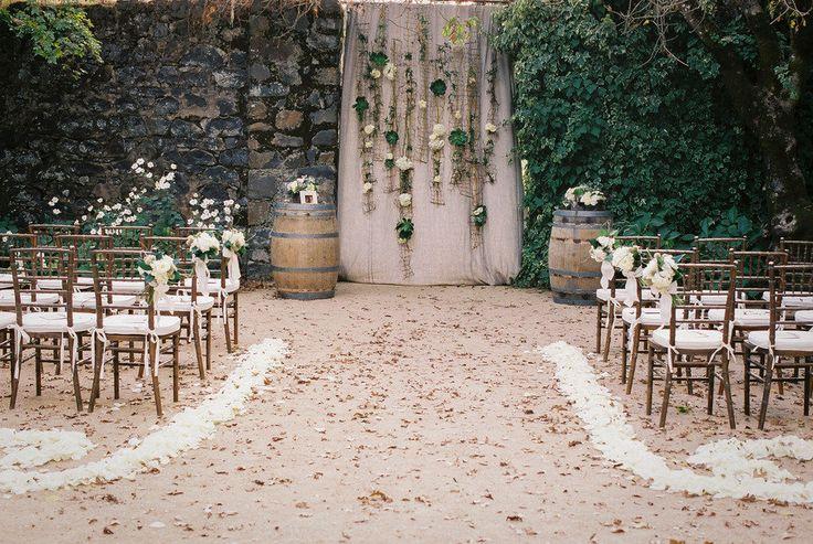 Aisle Style - Backdrops - Flowers & Linen