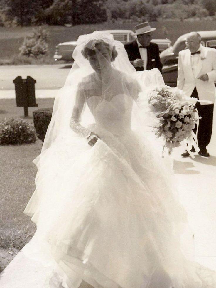 Chic Vintage 1950s Bride - Betty Lou Fuller