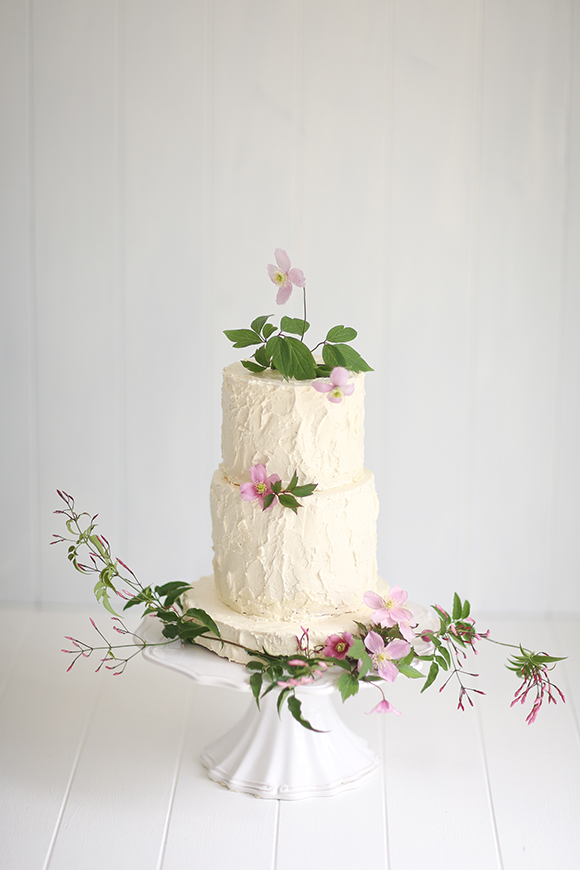 Simple but Sweet Wedding Cake