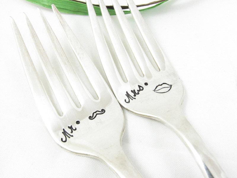 Mr & Mrs Lips & Mo Forks
