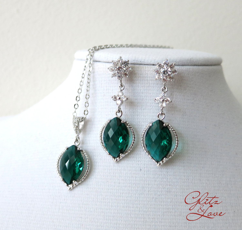 Emerald Green Earrings and Bracelet Set from Glitz & Love