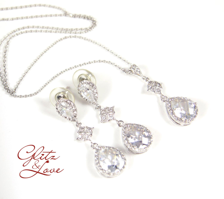 Maris Earrings & Necklace Set from Glitz & Love