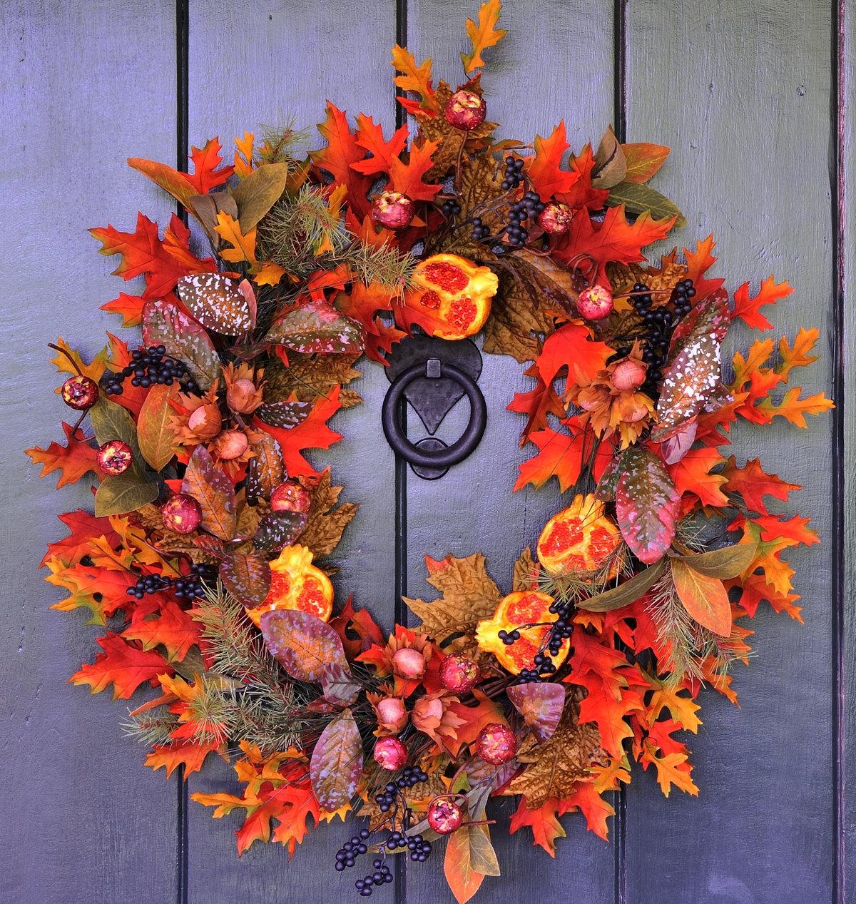 Stunning Autumn Wedding Wreath