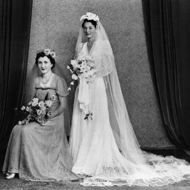 Chic Vintage 1940s Bride Daphne Nixon : Chic Vintage Brides