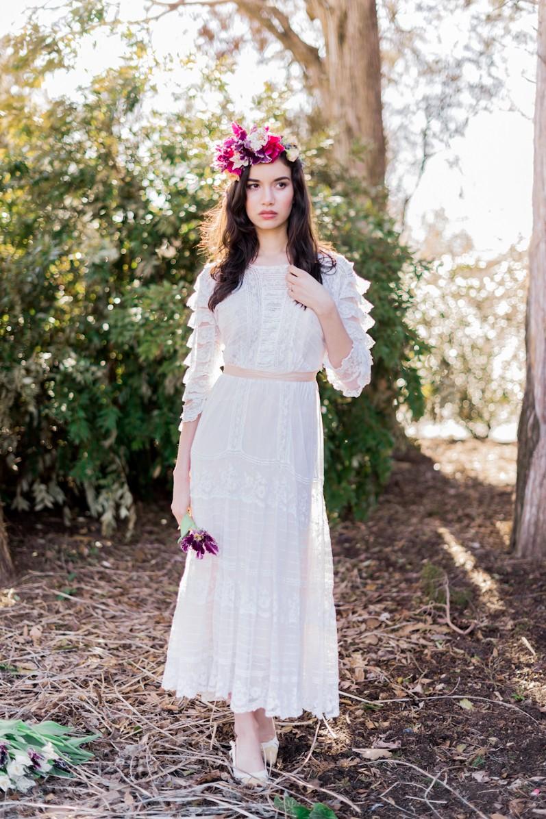 Gorgeous vintage wedding dresses from Gossamer