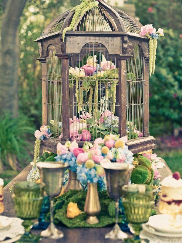 5 Beautiful and Creative Centrepieces - Birdcage