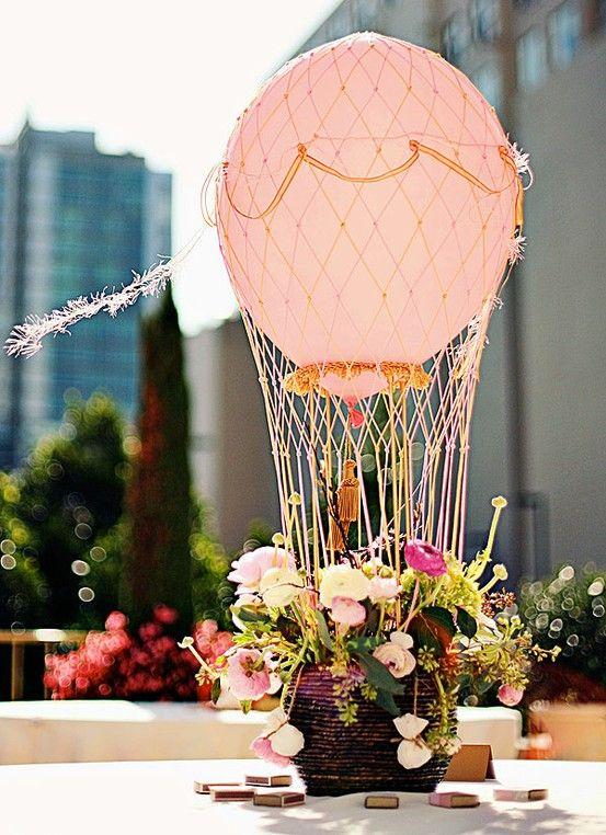 5 Creative & DIYable Centrepieces - Hot Air Balloons