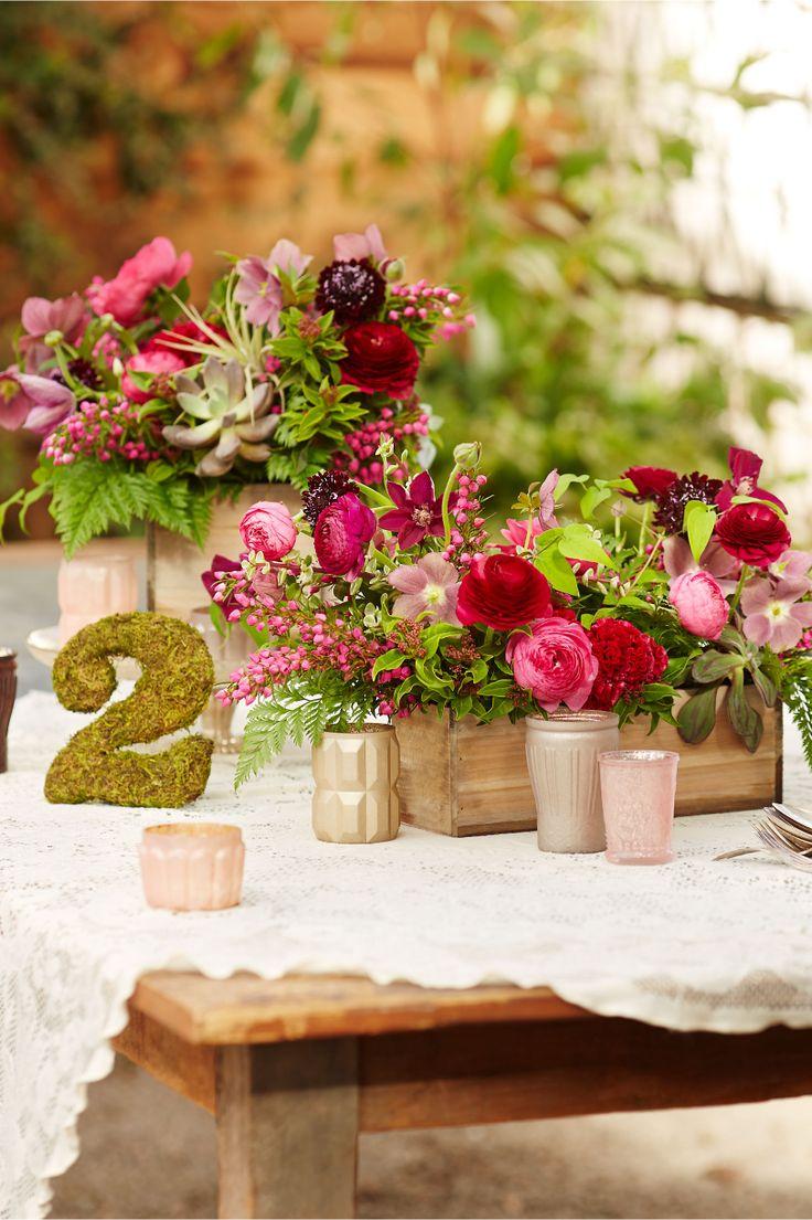 5 Creative & DIYable Centrepieces - Box Planters