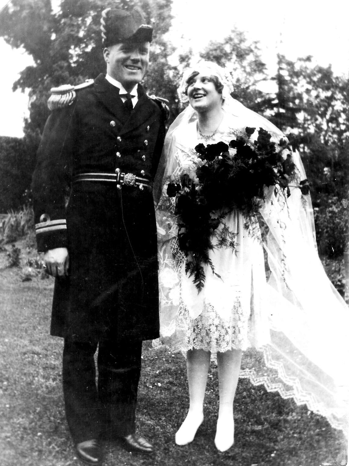 Chic Vintage 1920s Bride - Molly Wesley Clemesha
