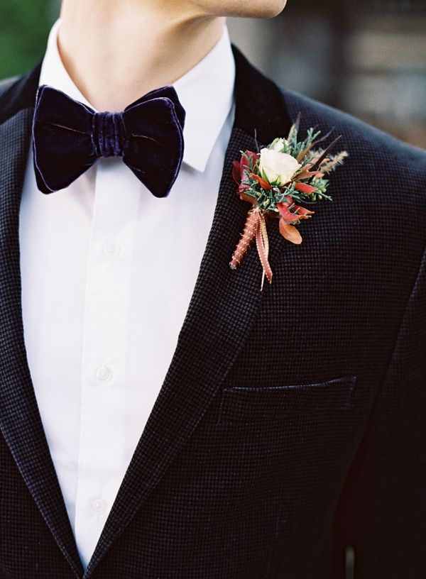 10 Ways to Style Your Groom Vintage - Velvet