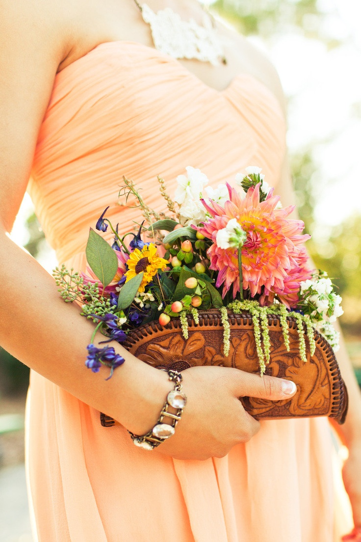 10 Unique & Creative Bridesmaid Bouquet Alternatives - Bag Bouquets
