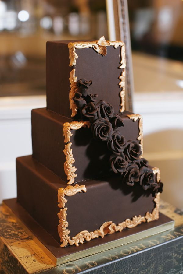 20 Delicious Chocolate Wedding Cakes