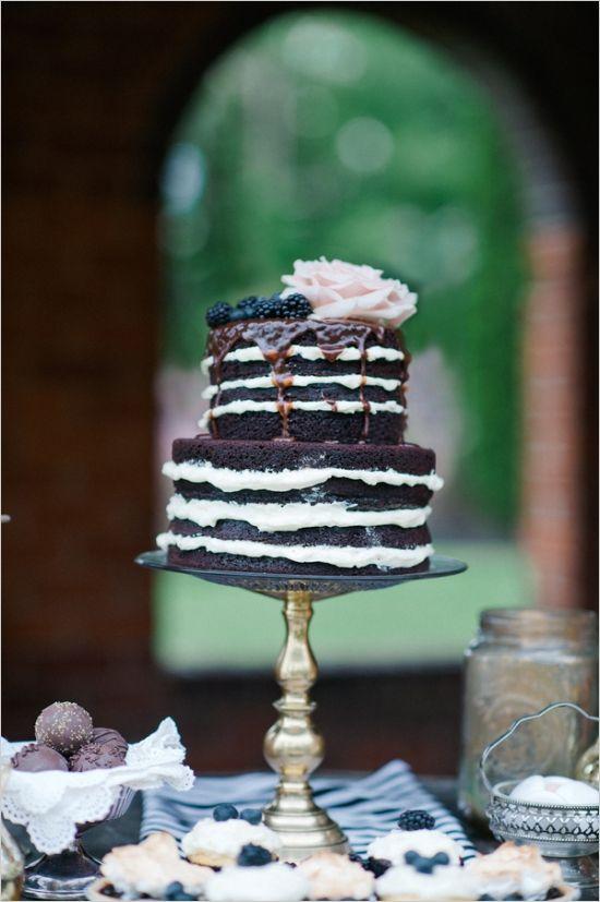 20 Delicious Chocolate Wedding Cakes