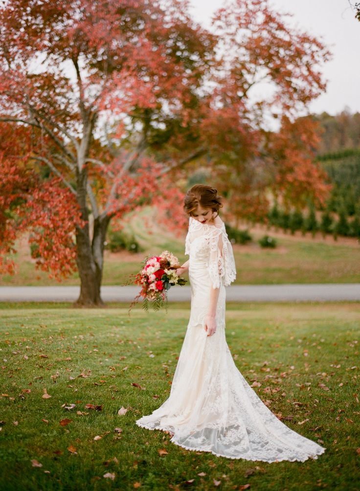 5 Must Haves for an Amazing Autumn Wedding - a venue that makes the most of the season