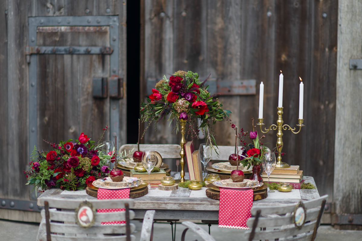 Vintage Red Wedding Tablescape