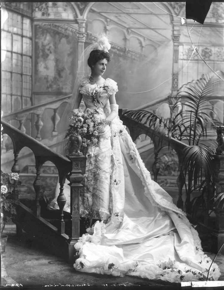 Victorian Court Dress - Baroness Christine von Linden