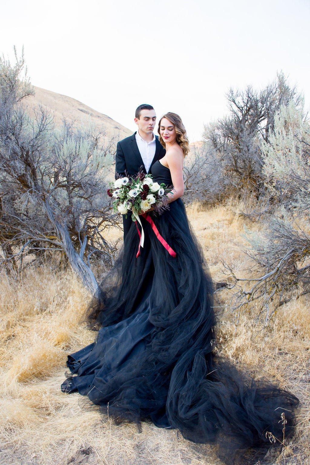Twilight Black Tulle Wedding Dress