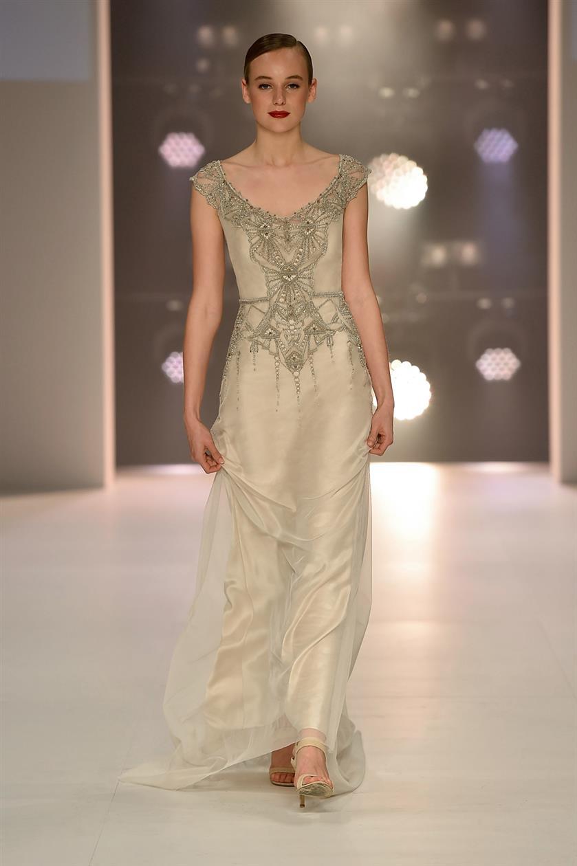 Elke  - Art Deco Wedding Dresses from Gwendolynne