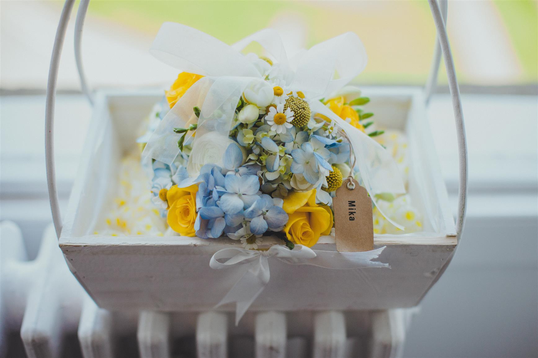 Pomander Bouquet - A Spring 1960s Inspired Wedding