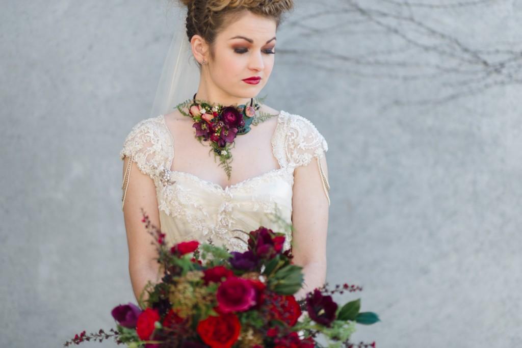 Opulent Hand-Tied Autumn Bouquet Recipe